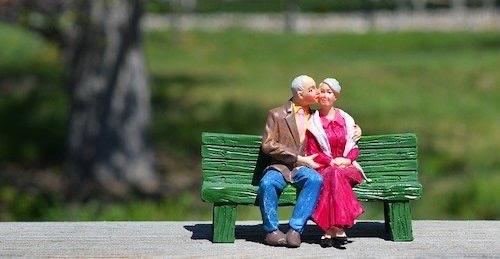 老夫婦人形
