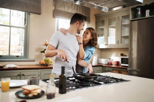 男女キッチン